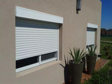 persiana-exterior-mini-cajon-aluminio-con-persiana-termica